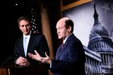 US-Senatoren Jeff Flake (l.) und Chris Coons