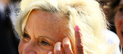 Ex-Bond-Girl Honor Blackman gestorben