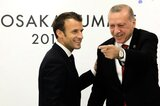 Erdogan (r.) und Macron 2019 in Japan