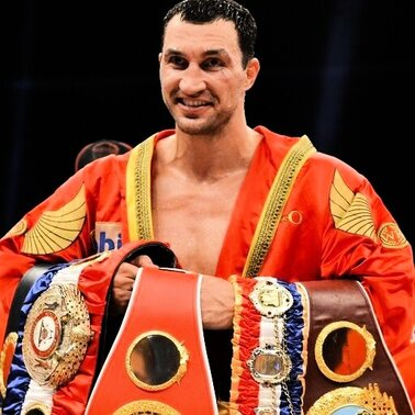 Wladimir Klitschko hat seinen Titel als Weltmeister im Schwergewicht verteidigt: in Bern bezwang er seinen Kontrahenten Tony Thompson durch K.o. in der 6. Runde.