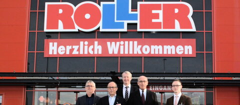Roller deutschlands gr ter m bel discounter ffnet for Roller markt essen